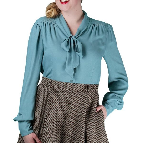 EMMY Blouse, Busy Bow Dusty Blue